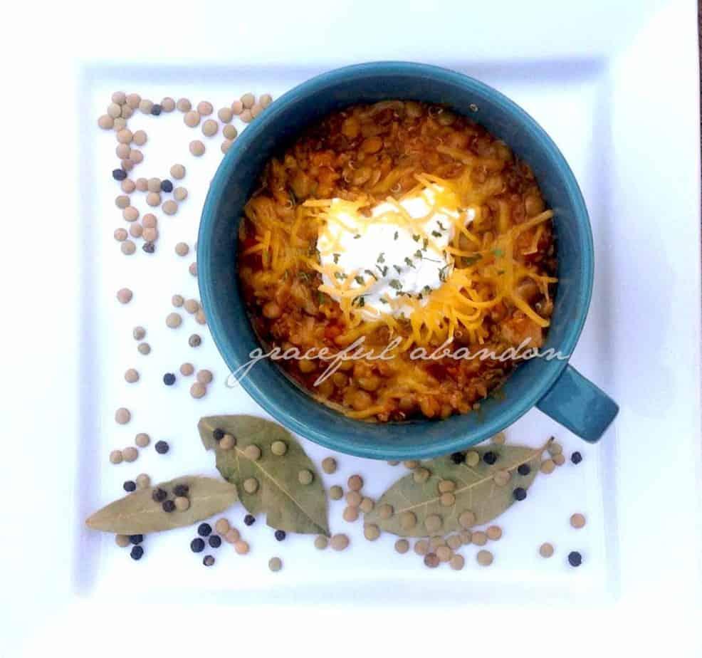 quinoa chili, lentil chili, lentil quinoa chili, frugal menu, cold weather meals, trim healthy mama, THM E, E meals, healthy, sugar free, low fat