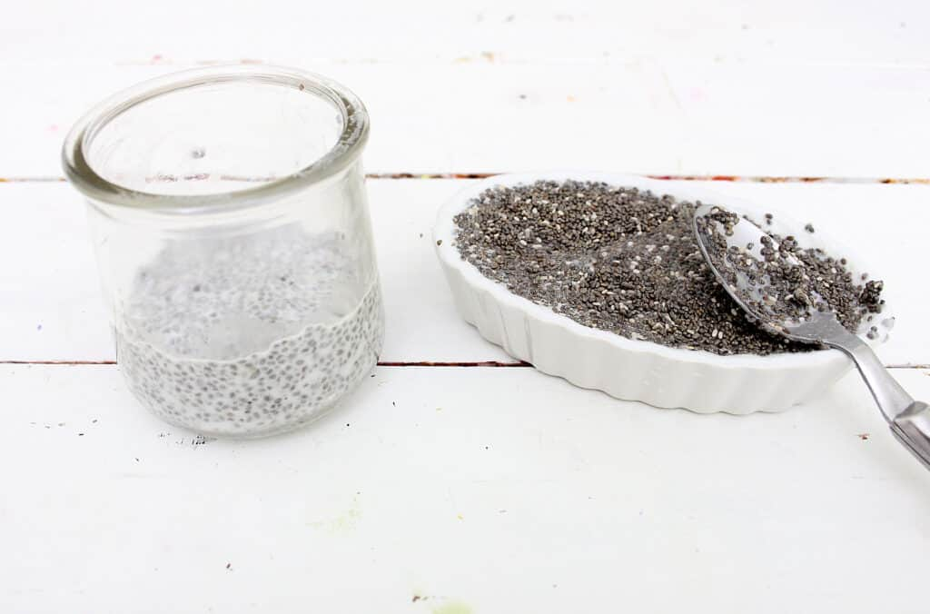 chia seeds for making breakfast pudding