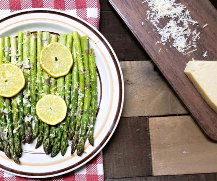 Simple Delicious Lemon Roasted Asparagus